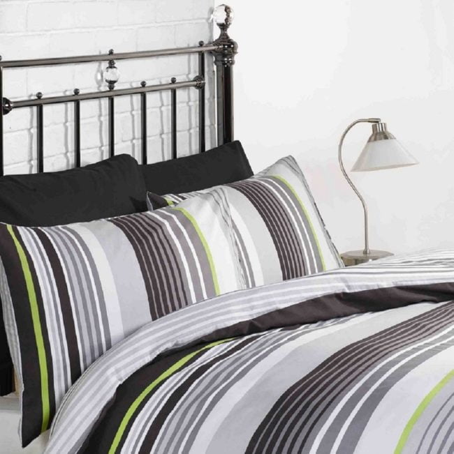 Cambridge black duvet set continues to be amongst the most popular designs we sell. A funky and stylish duvet set.