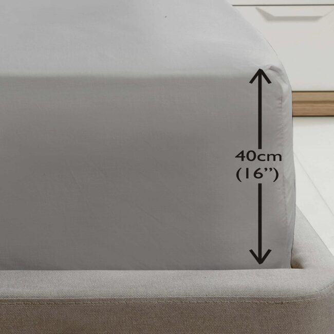 Deep fitted grey sheet
